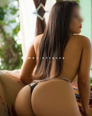 Priscylia massage escorte